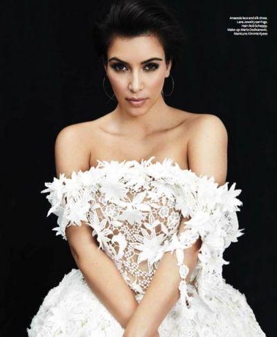 Kim-Kardashian-InStyle-Magazine-Australia-Inside-Photos-November-Issue-100611-6-492x598